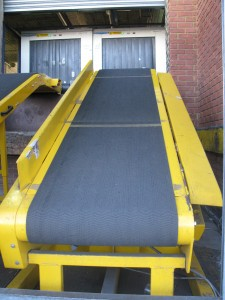 Conveyor belt repairs, conveyor belt manufacturing and refurbishment