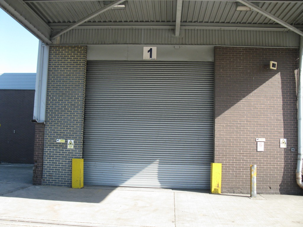 roller shutter doors, roller door installation, Warehouse door refurbishment
